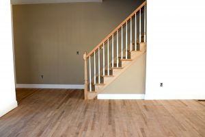 Installing wood floors in autumn