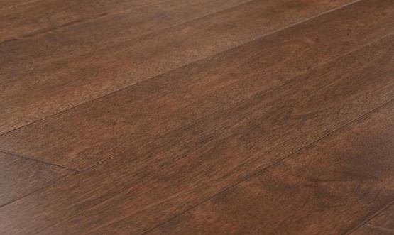 Oil Sealed Hardwood Floors Are Both Modern And Vintage