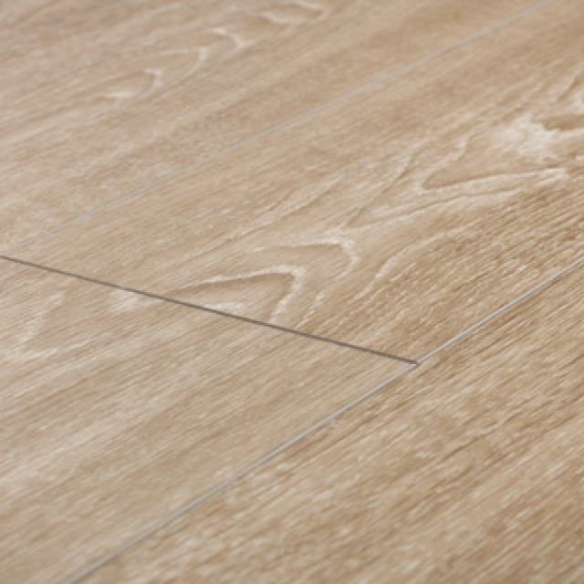 The differences and similarities between luxury vinyl and - Difference between hardwood and laminate ...